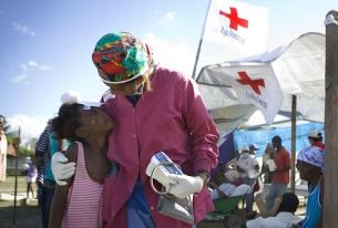 Продължава най-мащабната операция на Червения кръст за последното десетилетие