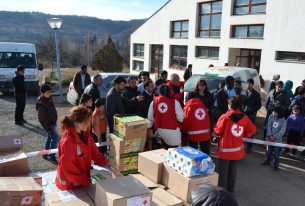 Хуманитарно подпомагане на бежанците в България