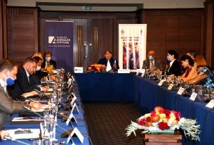 """Международна конференция организирана от БЧK  и Фондация """"Конрад Аденауер"""""""
